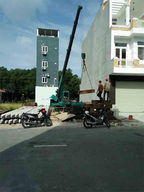 Máy Neo thi công ép cọc bê tông